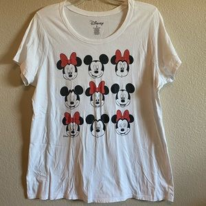 Torrid White T-shirt with Mickey & Minnie